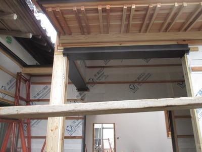 新潟県三条市の屋根外壁雨樋専門店 遠藤板金工業有限会社 ステンレス製オーバーハング見切