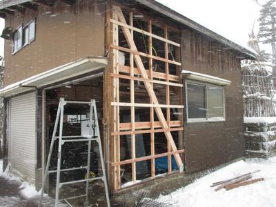 新潟県三条市の屋根外壁塗装リフォーム専門店遠藤組 外壁修理波板