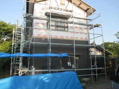 新潟県三条市の屋根外壁塗装リフォーム専門店遠藤組 ニチハ金具留めサイディングタテ貼