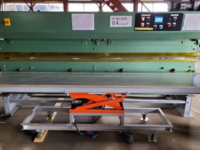 新潟県三条市の屋根外壁専門店⁰ 遠藤板金工業 板金折り曲げ加工