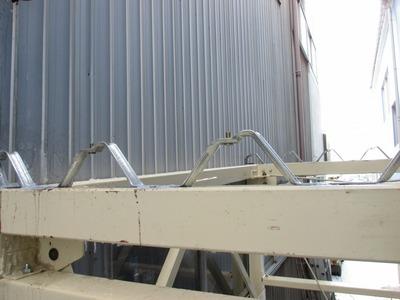 三条市の屋根外壁塗装リフォーム専門店遠藤組 折板屋根と角波外壁