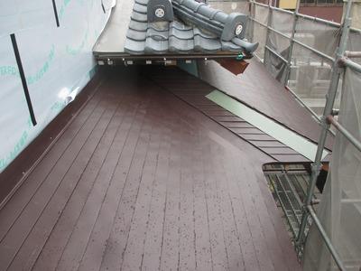 新潟県三条市の屋根専門店 遠藤板金工業有限会社 ステンレス屋根