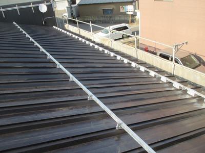新潟県三条市の屋根リフォーム 遠藤組 屋根カバー工事 ニュールーフ(SV−3)