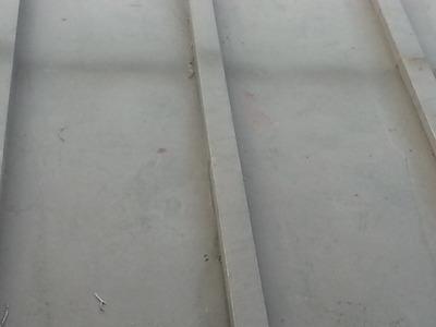 新潟では見かけない芯木入りの瓦棒葺き