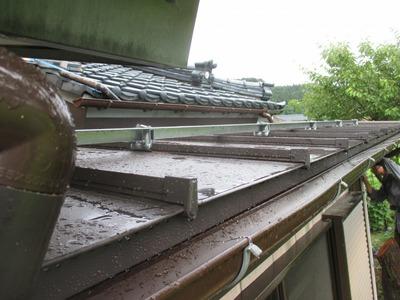 新潟県三条市の屋根外壁塗装リフォーム専門店遠藤組 取り合いの納めに手間が掛りました。
