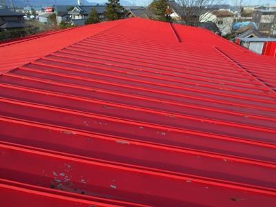 新潟県三条市の屋根外壁塗装リフォーム専門店遠藤組 屋根カバー工事を受注させていただきました。