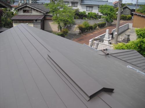 新潟県三条市曲渕屋根外壁塗装リフォーム専門店《遠藤組》屋根の葺き替え