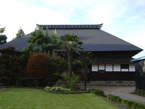 新潟 三条 屋根外壁塗装リフォーム専門店遠藤組 ステンレス板で屋根をカバー