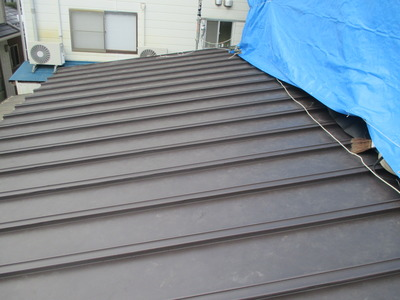 新潟県三条市の屋根外壁雨樋リフォーム専門店 遠藤板金工業有限会社 S式カバールーフによる屋根改修工事