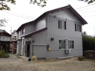 新潟県三条市の屋根外壁塗装リフォーム専門店《遠藤組》集会場をアイジ—サイディングでリフォーム