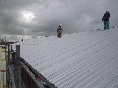 新潟県三条市の屋根外壁塗装リフォーム専門店《遠藤組》 やまなみルーフで屋根をカバー