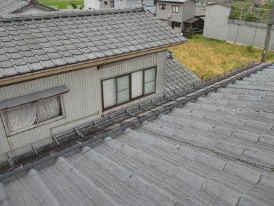 新潟県三条市の野猿外壁塗装リフォーム専門店遠藤組 軒先雪止スノービクトリー