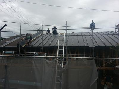 新潟県三条市の屋根工事屋です。遠藤板金工業有限会社《遠藤組》
