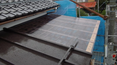 新潟県三条市の屋根外壁塗装リフォーム専門店《遠藤組》 波板屋根葺き替え