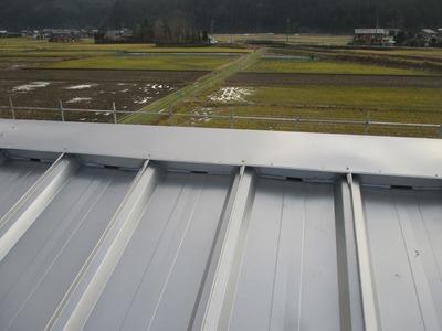 新潟県三条市の屋根外壁塗装リフォーム専門店遠藤組 三条市M社様屋根カバー工事