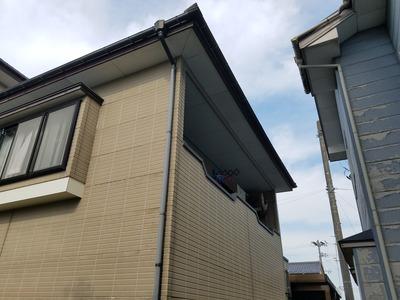 新潟県三条市の屋根外壁塗装リフォーム専門店遠藤組 雨樋取り替え工事のお見積り