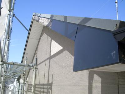 新潟県三条市の屋根外壁リフォーム専門店遠藤組 破風鼻隠しガルバリウム鋼板貼り