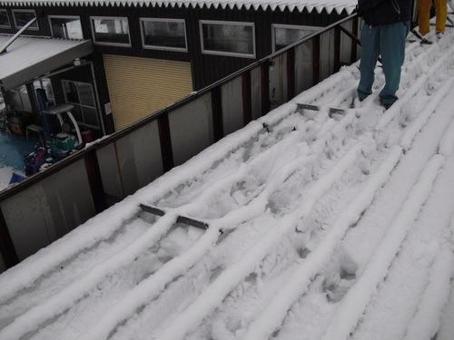 新潟県三条市屋根外壁リフォーム専門店遠藤組 1月21日(金) 寒いですね〜。。。
