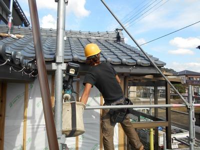 新潟県三条市の屋根外壁塗装リフォーム専門店 遠藤組 雨樋取り付け工事