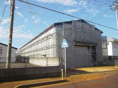 新潟県三条市の屋根外壁塗装リフォーム専門店 「遠藤組」 外壁カバー工事角波カラーGL0.35mm