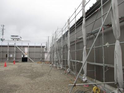 新潟県三条市屋根外壁塗装リフォーム専門店遠藤組 外壁角波カラーガルバリウム鋼板