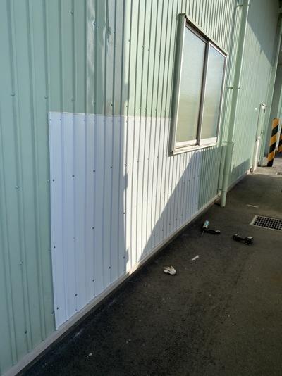新潟県三条市の屋根外壁塗装専門店「遠藤組」M社様倉庫外壁板金塗装