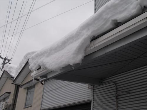新潟県三条市屋根外壁塗装専門店遠藤組 雪止め