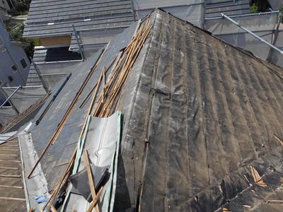 新潟県三条市の屋根外壁塗装リフォーム専門店《遠藤組》瓦を下ろして金属ガルバリウム横葺に