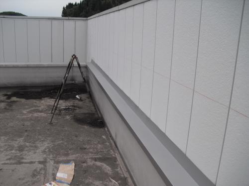 新潟県三条市屋根外壁塗装リフォーム専門店《遠藤組》サイディングカバー