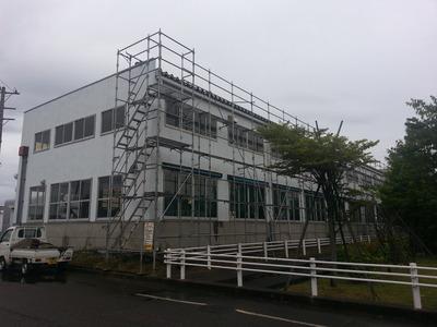 新潟県三条市の屋根外壁リフォーム専門店《遠藤組》明日は荷上げ作業です