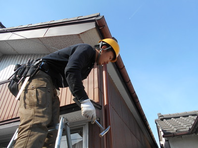 新潟県三条市の屋根外壁塗装リフォーム専門店遠藤組 雨樋修理