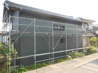 新潟県三条市の屋根外壁塗装リフォーム専門店遠藤組 角波カラーGL張り替え