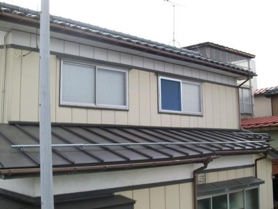 屋根外壁塗装リフォーム専門店《遠藤組》 屋根瓦棒葺きカラーガルバリウム鋼鈑