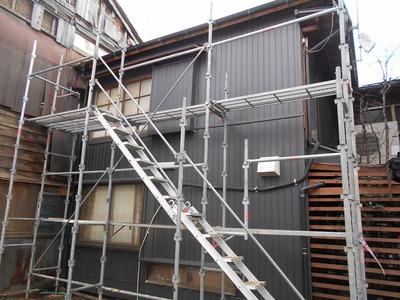 新潟県三条市の建築板金店 遠藤板金工業(有) 外壁リフォーム角波カラーGL0.35mm