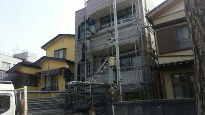 新潟県三条市の屋根外壁塗装リフォーム専門店遠藤組 外壁張り替え工事スタート