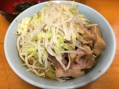 16/10/31ラーメン二郎新橋店 03