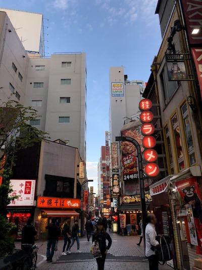 18/11/18桂花ラーメン新宿東口駅前店 05
