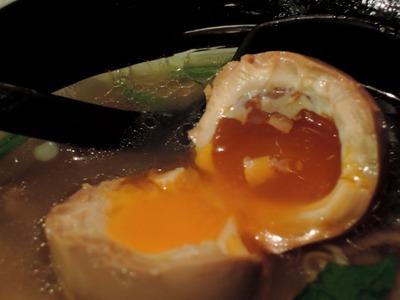 14/11/20麺場浜虎 塩鶏そば(半熟味付け玉子入り)4