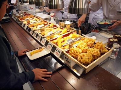 丸亀製麺スーパーデポ八王子みなみ野店 店内2