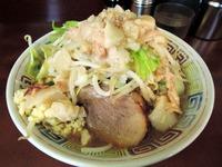 14/10/18め二郎 ミニラーメン(ニンニク、アブラ)07