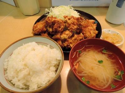 14/11/26とんかつ三田 鳥からあげ定食 3