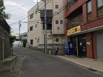 17/07/04ラーメン二郎中山駅前店03