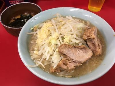 17/10/23ラーメン二郎新宿歌舞伎町店 06