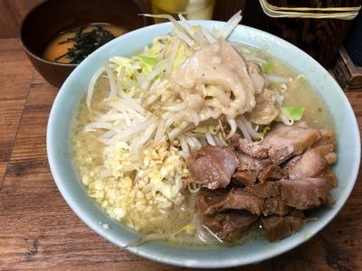 17/03/15池二郎 豚入りラーメン(全マシ)06