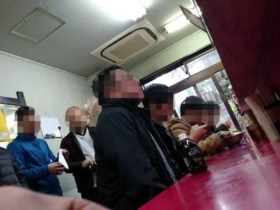 18/12/11ラーメン二郎中山駅前店09