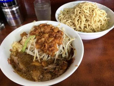 16/09/14め二郎小つけ麺(ニンニク、野菜、アブラ)03