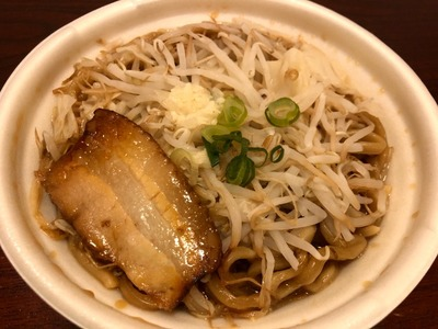 19/11/04中華蕎麦とみ田監修『豚ラーメン』 02