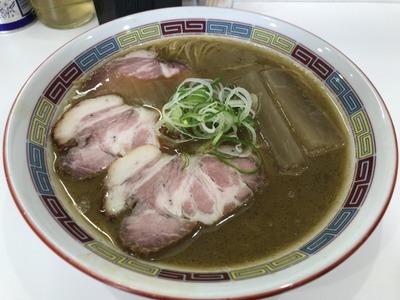 18/05/25煮干鰮豚骨らーめん嘉饌 01