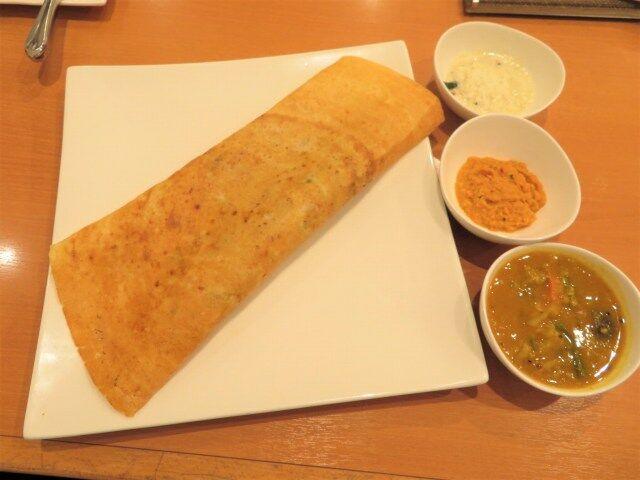 》12食め《 南インド料理「カレーリーブス」(十条銀座)で「マサラドーサ+マサラオムレツ」