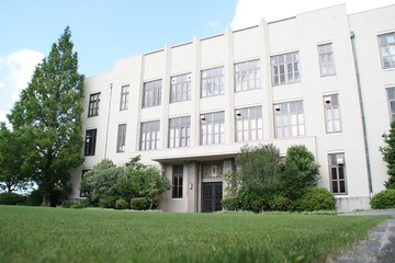小学校校舎7月撮影